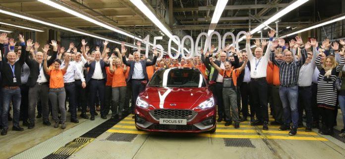 Masse mit Klasse: Im Ford-Werk Saarlouis läuft das 15 ...